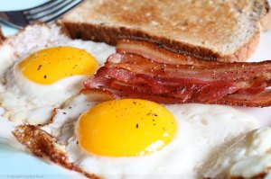 eggs-bacon-toast